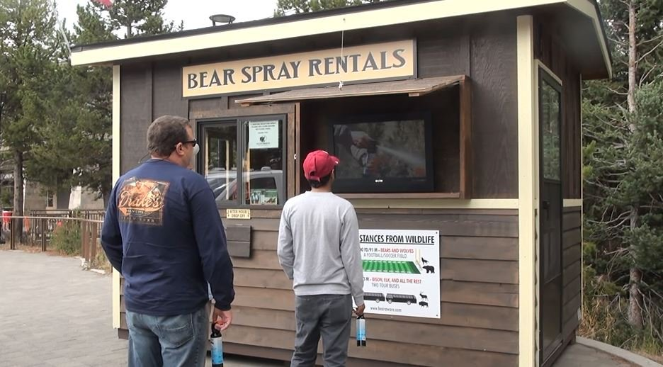 Wildlife officials encouraging people to carry bear spray in bear country