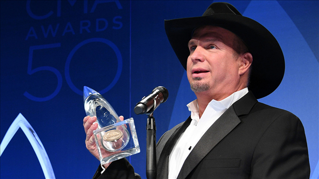 Garth Brooks sells out four shows, a fifth to be announced Monday