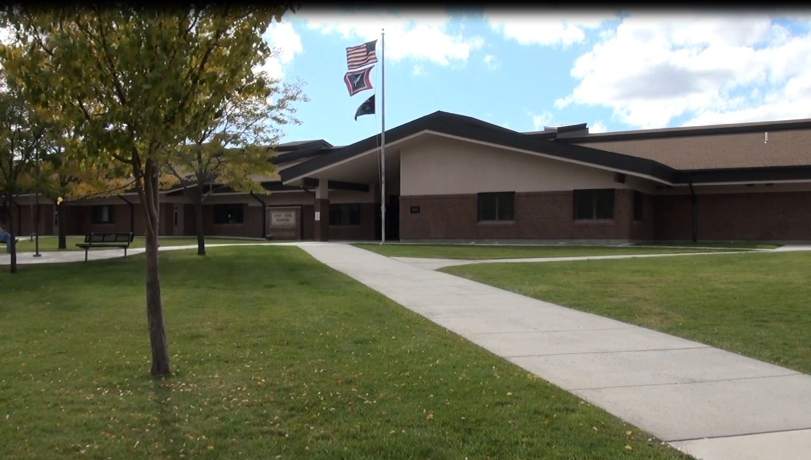Wyoming school district considers plan to arm teachers and volunteers