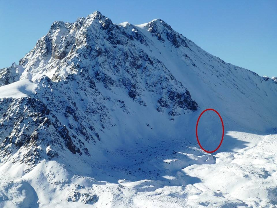 Mountain climber kills himself after girlfriend's avalanche death