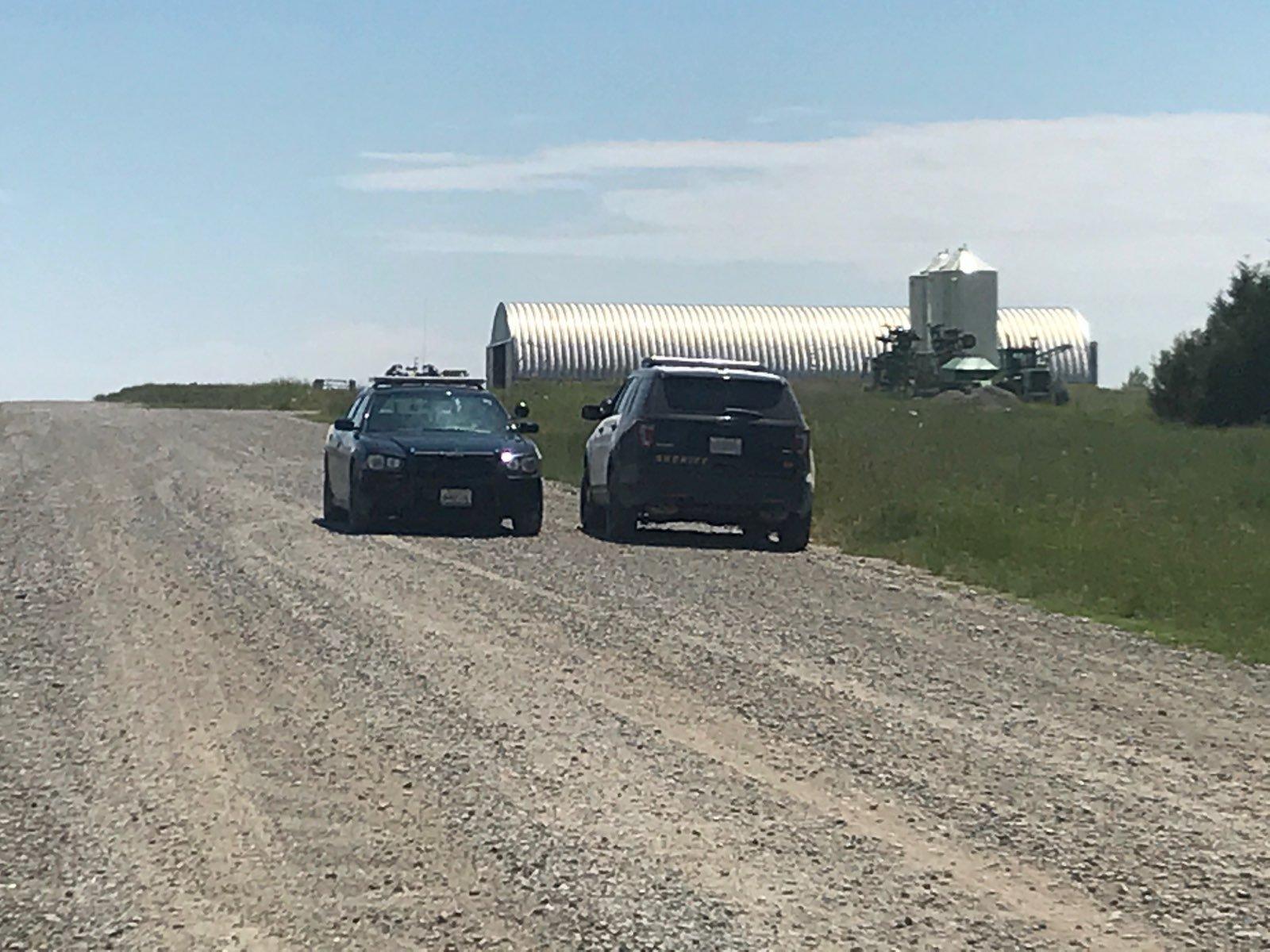 Yellowstone County Sheriff's deputies involved in manhunt   KULR 8