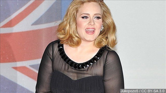Adele goes undercover as Adele impersonator